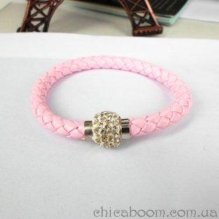 Браслет со стразами розового цвета