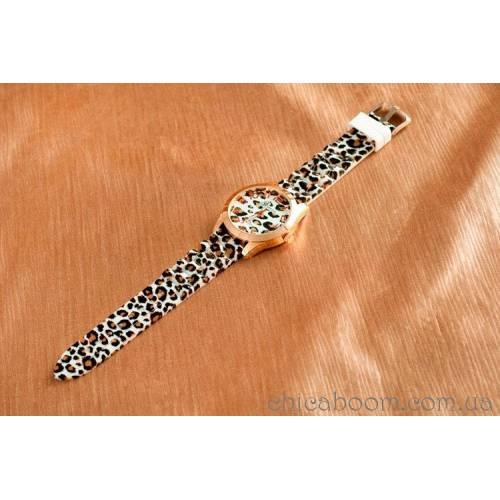 Часы Geneva с силиконовым ремешком (светлый леопард)