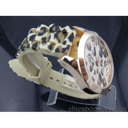 Часы Geneva с силиконовым ремешком (тёмный леопард)