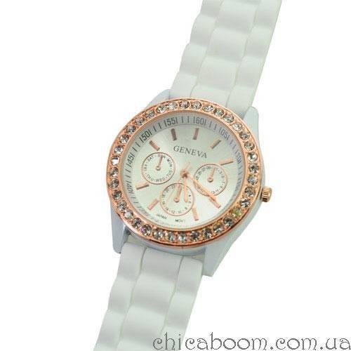 Часы Geneva с силиконовым ремешком белого цвета (стразы)