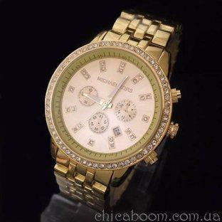 Часы Michael Kors с браслетом золотого цвета и стразами