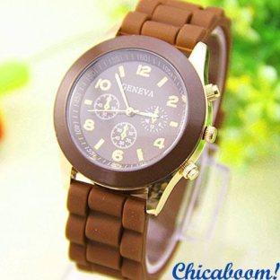 Часы Geneva с силиконовым ремешком коричневого цвета