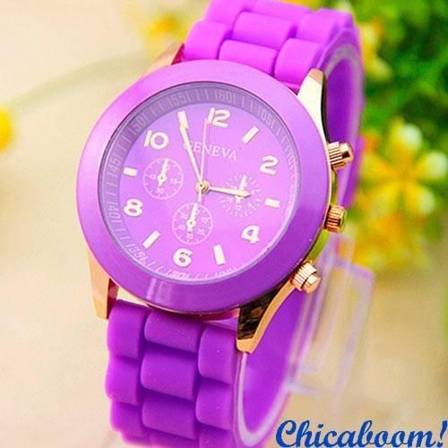 Часы Geneva с силиконовым ремешком фиолетового цвета