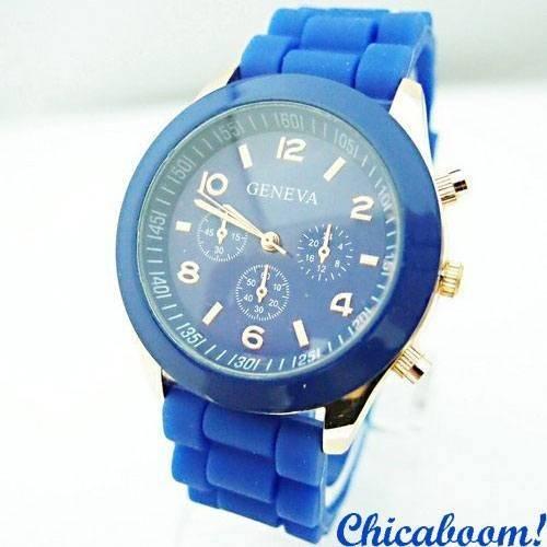 Часы Geneva с силиконовым ремешком синего цвета