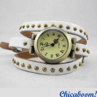 Винтажные часы JQ с длинным ремешком белого цвета. Часы браслет.