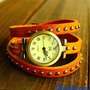 Винтажные часы JQ с длинным ремешком оранжевого цвета. Часы браслет.