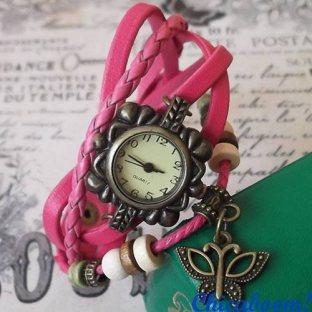 Часы-браслет с малиновым ремешком (бабочка)