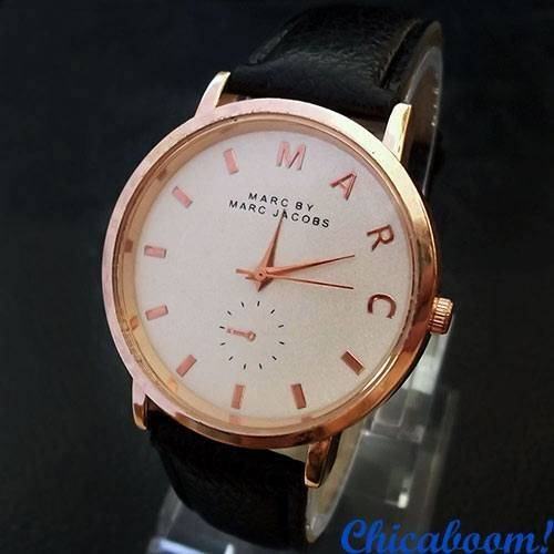 Часы Marc Jacobs чёрного цвета