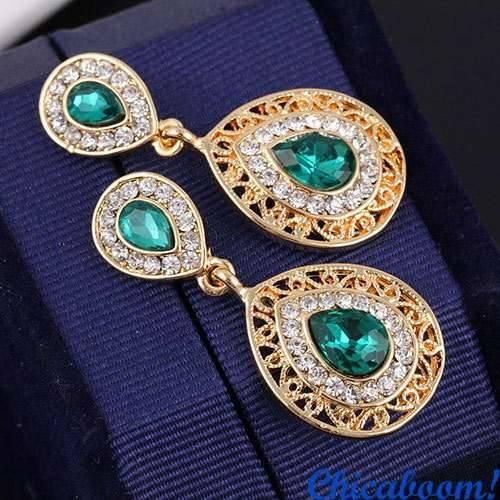 Набор Шарм зелёного цвета (колье и серьги)