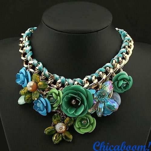 Ожерелье Весенние цветы (зелёный цвет)