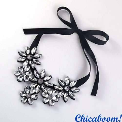Ожерелье Ледяные цветы (серебристые)