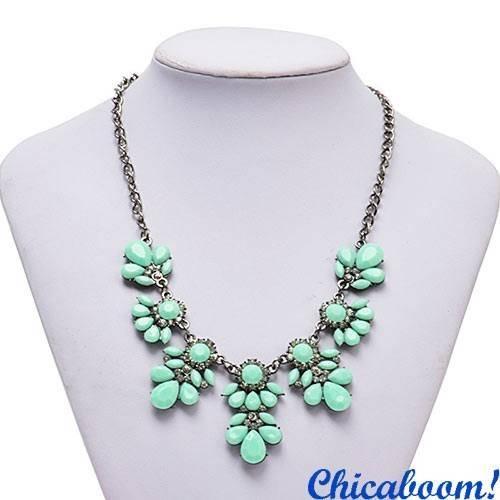 Ожерелье Цветочный кристалл зелёного цвета