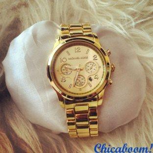 Часы Michael Kors золотого цвета