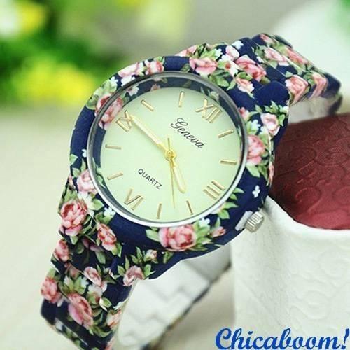 Часы Geneva с цветочным принтом в синих тонах