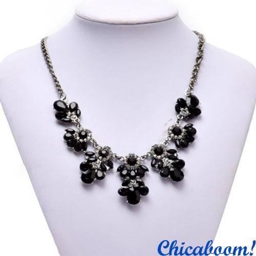 Ожерелье Цветочный кристалл чёрного цвета