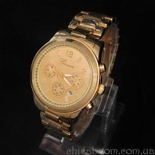 Часы Geneva с металлическим браслетом золотого цвета