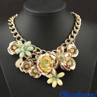 Ожерелье Весенние цветы (золотой цвет)