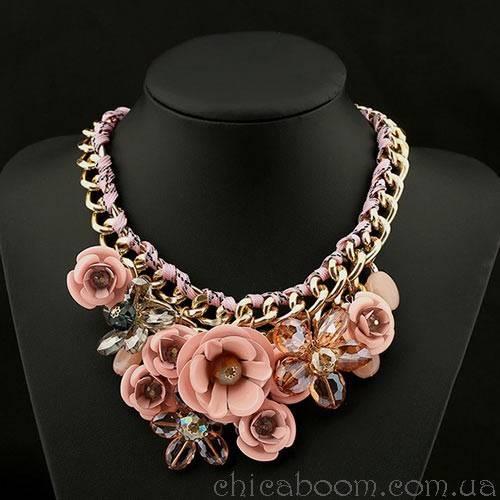 Ожерелье Весенние цветы (персиковый цвет)