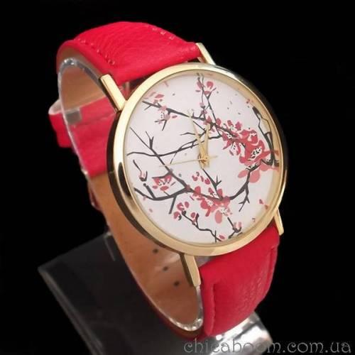 Часы с красным ремешком (цветочный принт)