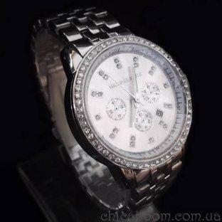 Часы Michael Kors серебристого цвета со стразами