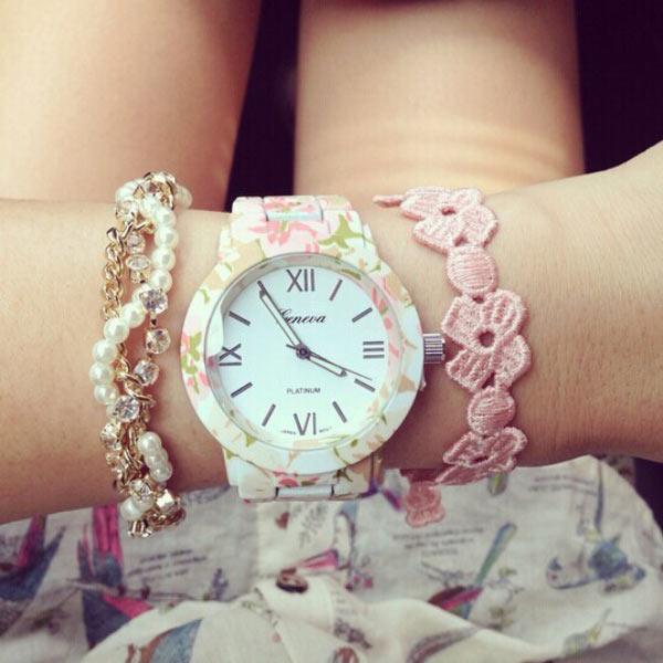 Часы Geneva с цветочным принтом
