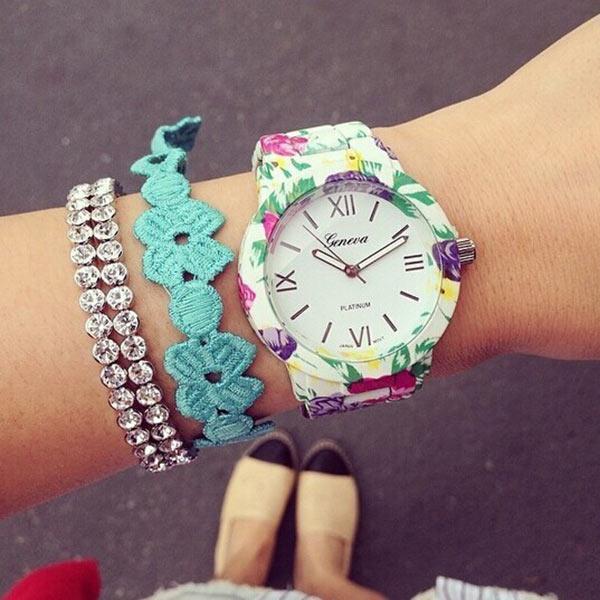 Часы Geneva цветочные