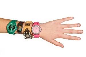 Как укоротить браслет наручных часов?